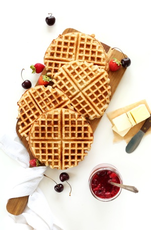 7-ingredient-Vegan-Gluten-Free-Waffles-One-Bowl-perfectly-crispy-customizable-and-SO-delicious